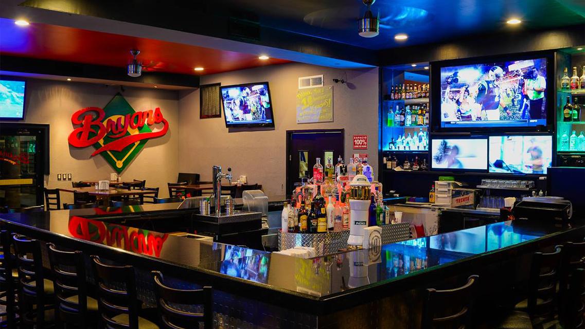 Bars Puerto Penasco - Bryan's Sport Bar