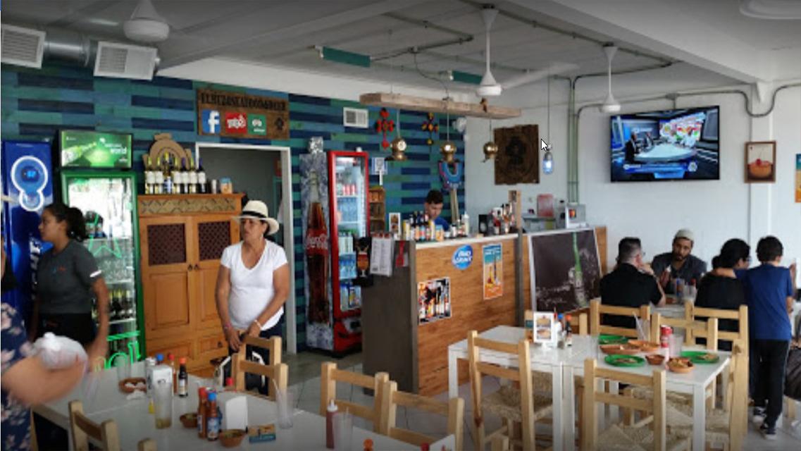 Bars Puerto Penasco - El buzo Seafood & Beer